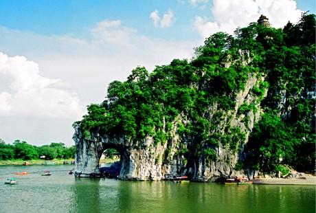 桂林-象鼻山1