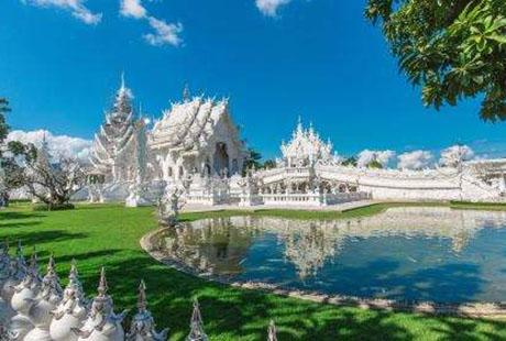 泰国清迈白庙1
