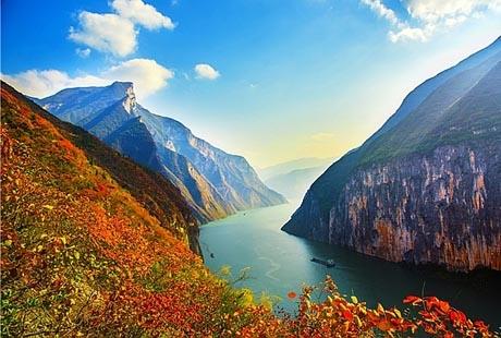 【爱上宜昌】三峡大坝、船游西陵峡、大瀑布赏樱花双动3日游三峡大坝世界第一坝,三峡大瀑布可以穿越的瀑布