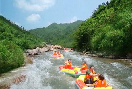 南昌到宜丰九天大峡谷漂流一日游《天天发团》波急浪涌、探寻原始山野的乐趣